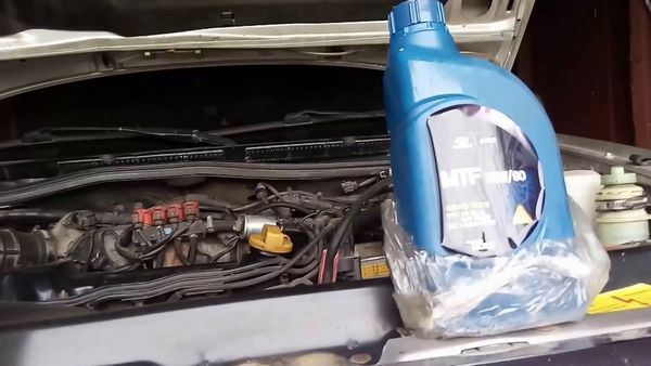 Какое масло заливать в механическую коробку передач Чери Амулет