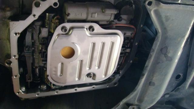 Сколько литров масла нужно заливать в АКПП Тойота Королла 120