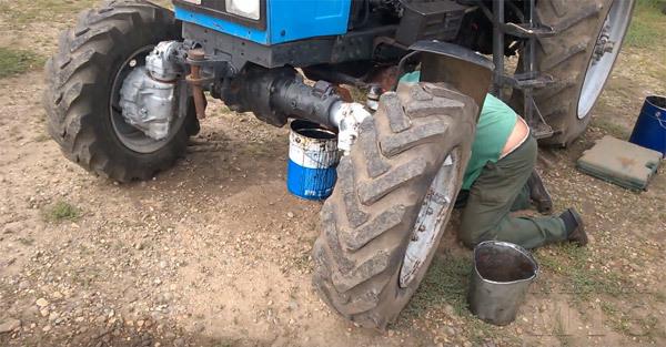 Какое масло заливать в двигатель Д 245
