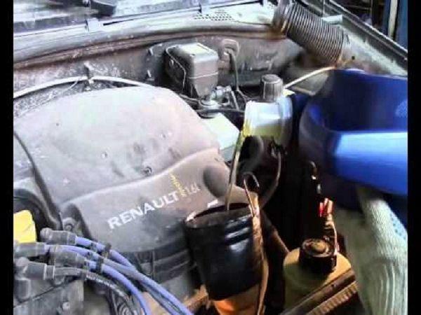 Сколько масла в двигателе Рено Сандеро Степвей