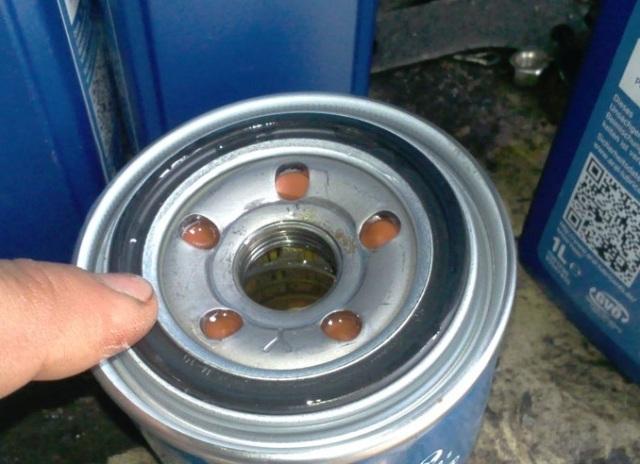 Какое масло лучше заливать в двигатель Дэу Нексия 1.5