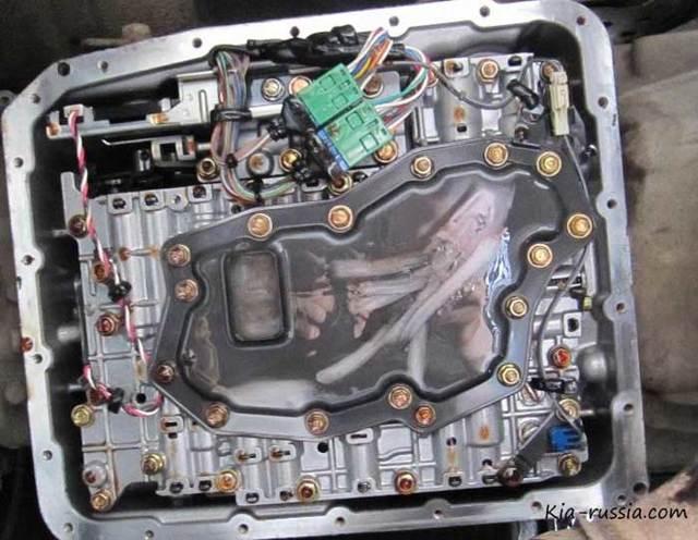Сколько масла в АКПП (коробка автомат) Киа Соренто