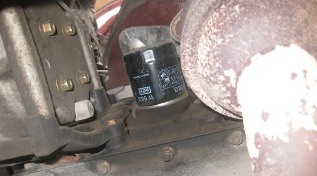 Сколько литров масла нужно заливать в двигатель Лифан Солано 1.5, 1.8