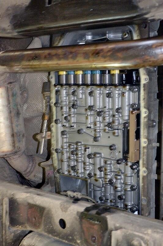 Сколько масла в АКПП (коробка автомат) Рендж Ровер