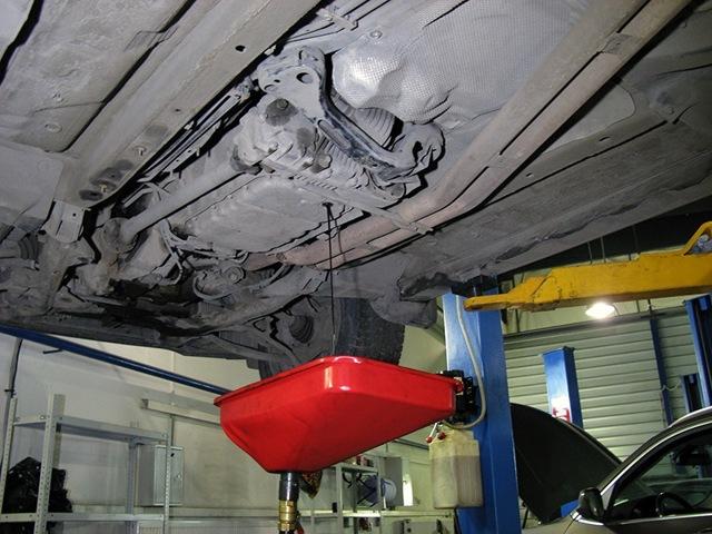 Сколько литров масла нужно заливать в АКПП БМВ Х3