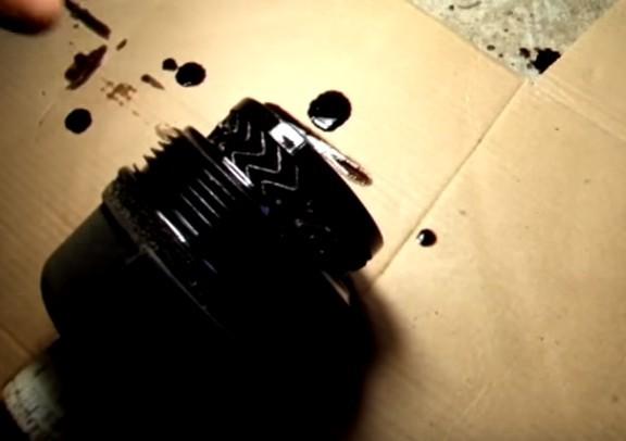 Какое масло нужно заливать в двигатель Пежо 206 - видео