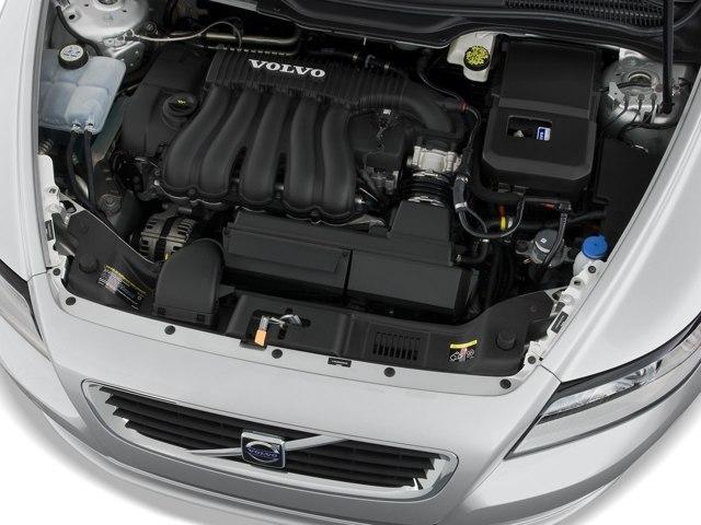 Сколько литров масла нужно заливать в двигатель Вольво s40 1.6, 1.8, 1.9, 2.0, 2.4, 2.5