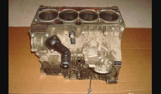 Какое масло заливать в двигатель Фольксваген Джетта 1.6 и 1.4