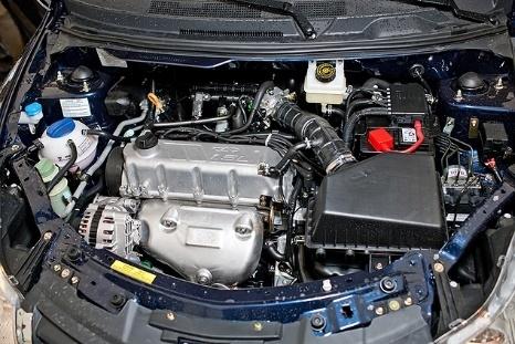 Сколько литров масла нужно заливать в двигатель Чери Бонус 1.5