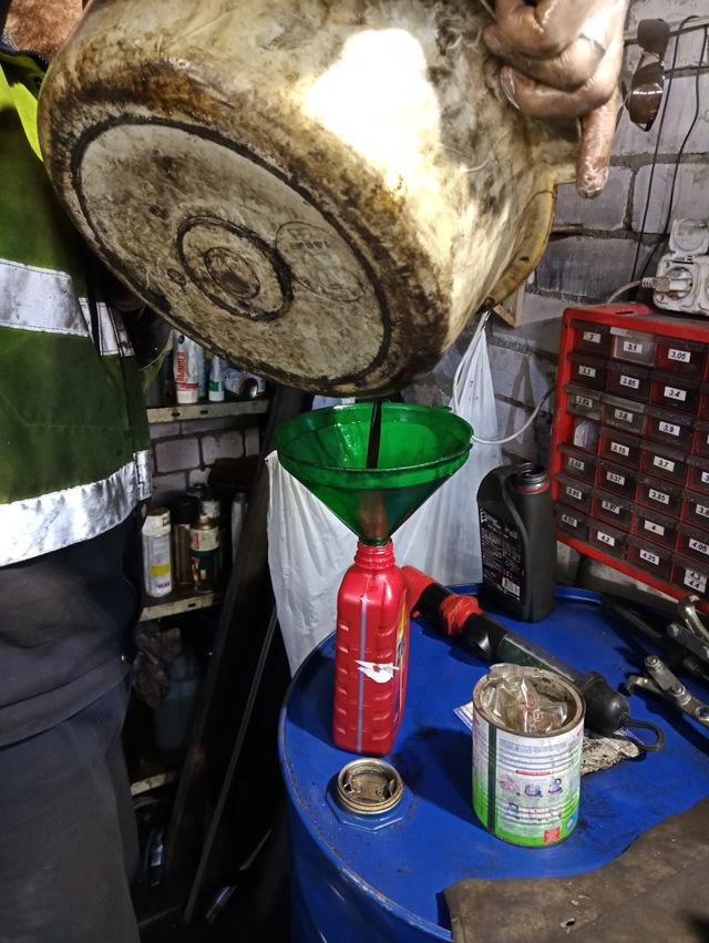 Какое масло лучше заливать в АКПП Киа Соренто