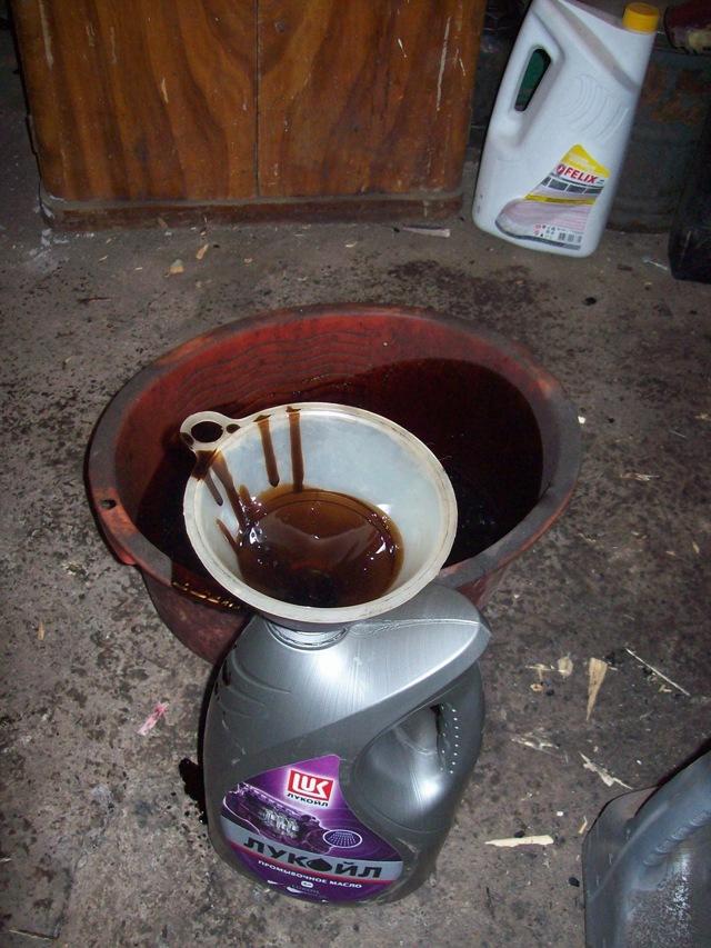 Сколько литров масла нужно заливать в двигатель 1.5 Шевроле Ланос