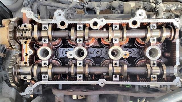 Сколько литров масла нужно заливать в двигатель Сузуки Свифт 1.0, 1.2, 1.3, 1.5, 1.6