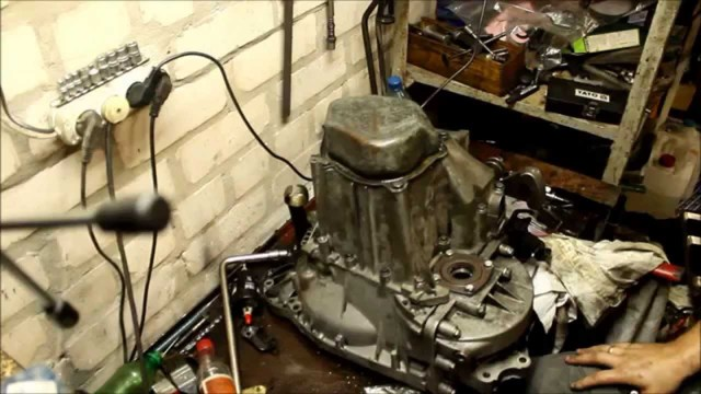 Сколько нужно литров масла для механической коробки передач Пежо 307
