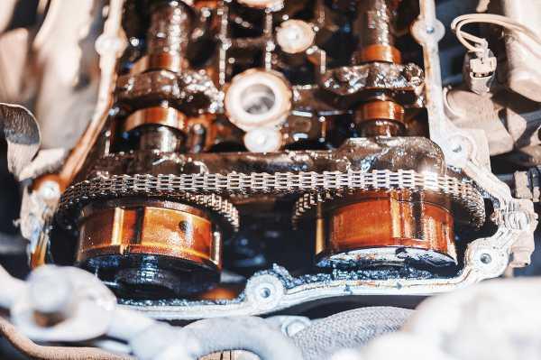 Какое масло заливать в двигатель Додж Калибр