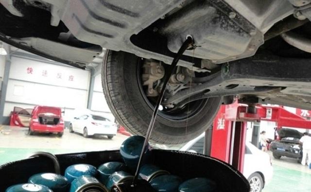 Какое масло лучше заливать в двигатель 1.4, 1.6 Киа Рио. Объем масла