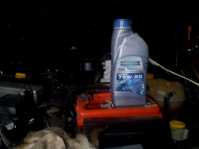 Сколько масла в МКПП (коробке передач) Опель Вектра