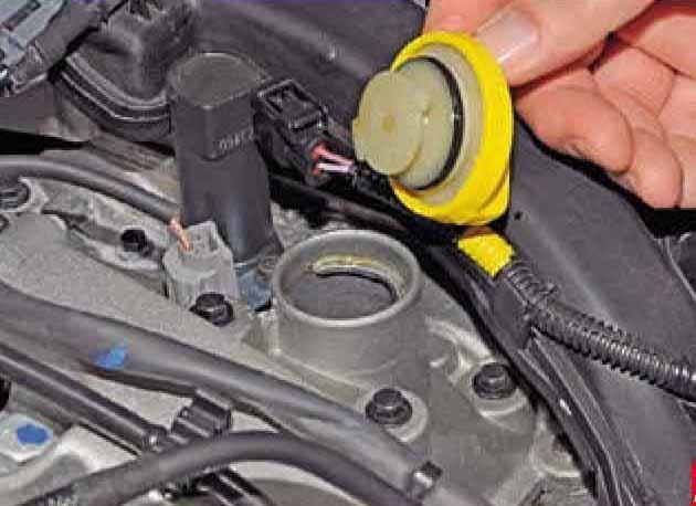 Какое масло заливать в двигатель Рено Аркана