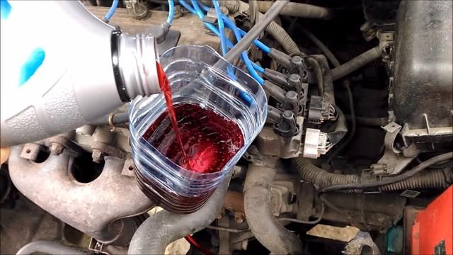Сколько нужно литров масла для механической коробки передач Тойота Авенсис